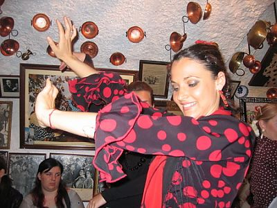 Learn Spanish in Granada and dance Flamenco